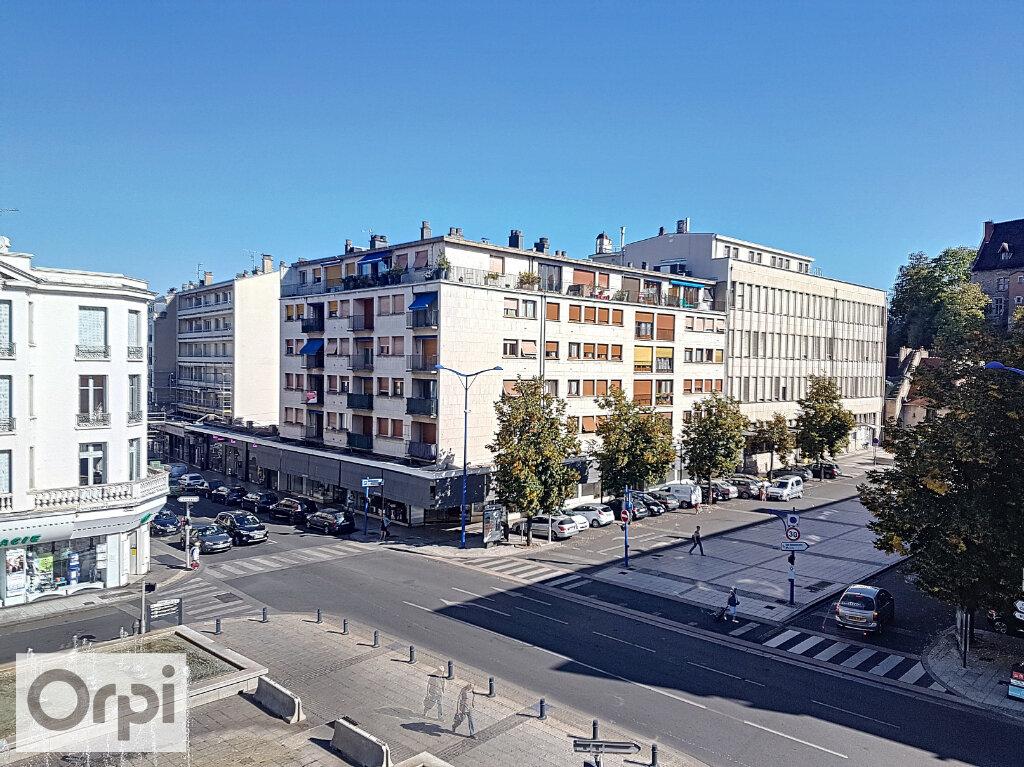Appartement à louer 3 54.43m2 à Montluçon vignette-8