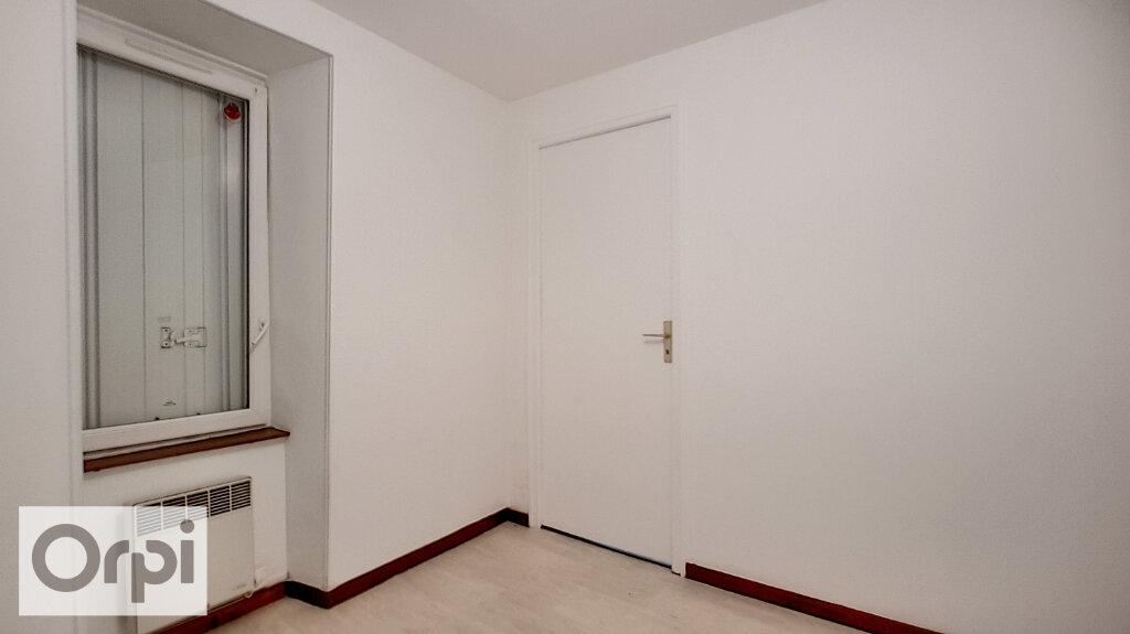 Appartement à louer 2 44m2 à Montmarault vignette-8