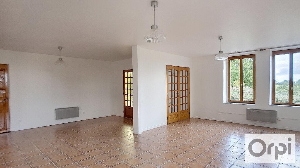 Maison à louer 5 132.5m2 à Doyet vignette-2