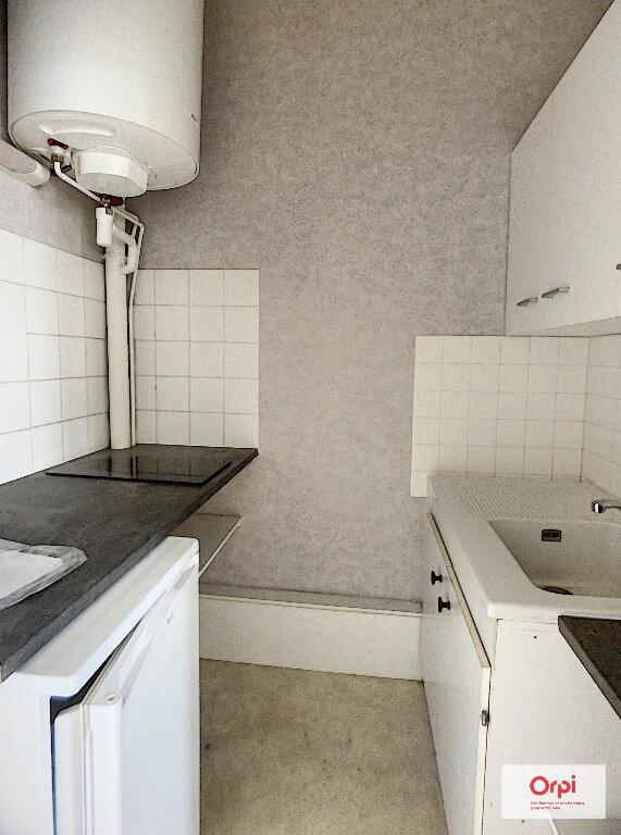 Appartement à louer 2 53.76m2 à Montluçon vignette-1