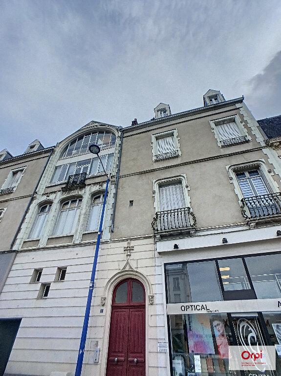 Appartement à louer 2 53.76m2 à Montluçon vignette-6