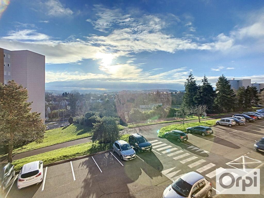 Appartement à louer 3 72m2 à Montluçon vignette-10