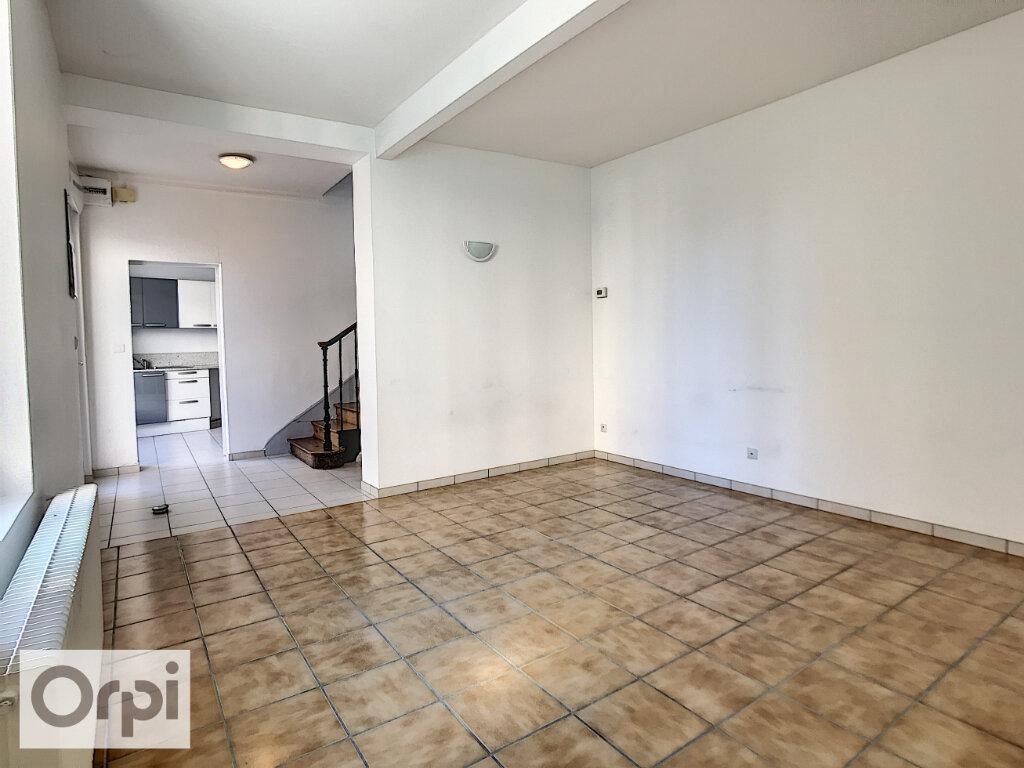Appartement à louer 4 94.55m2 à Montluçon vignette-5