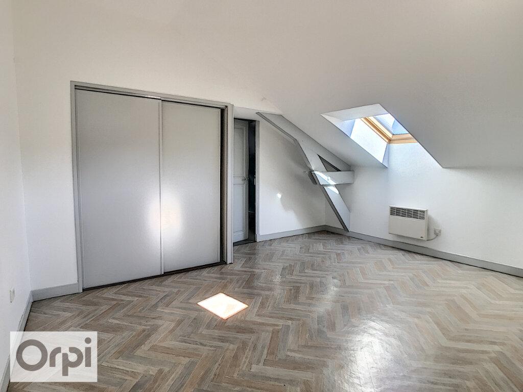 Appartement à louer 4 94.55m2 à Montluçon vignette-10