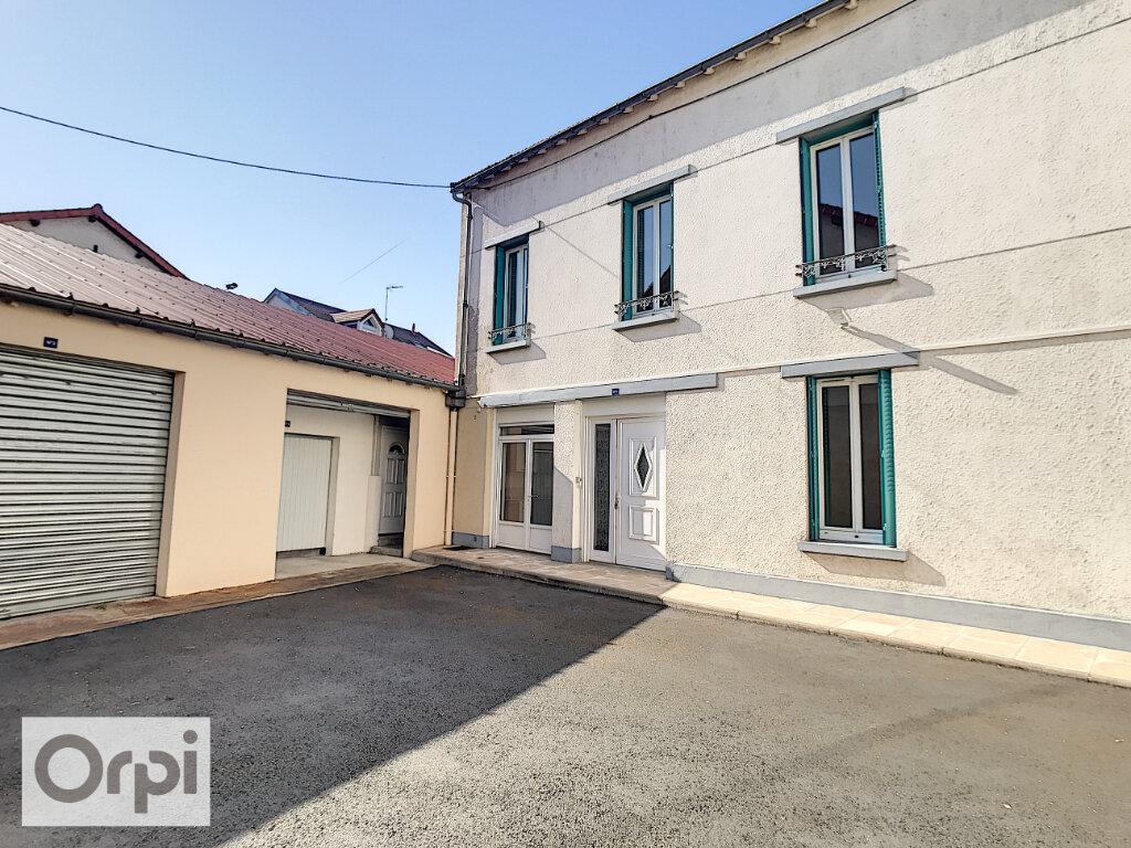 Appartement à louer 4 94.55m2 à Montluçon vignette-13