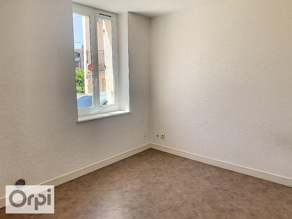 Appartement à louer 3 60.76m2 à Montluçon vignette-8