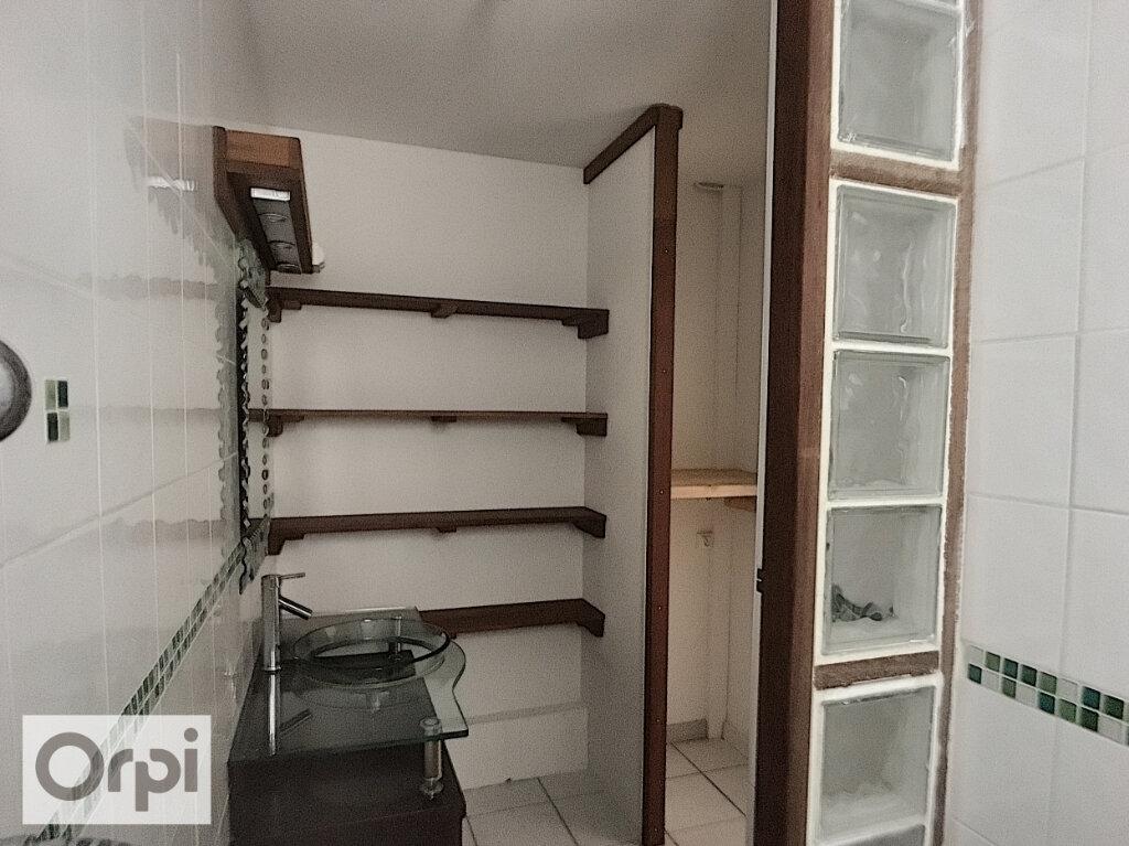 Appartement à louer 3 73m2 à Montluçon vignette-11