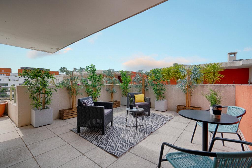Appartement à vendre 4 103.7m2 à Montpellier vignette-2