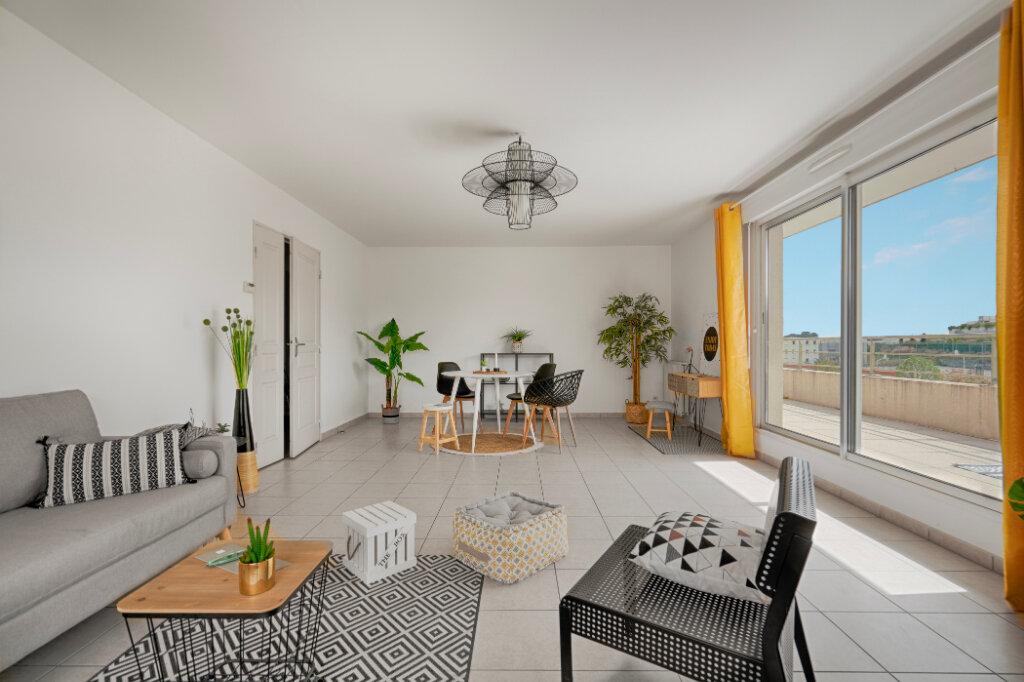 Appartement à vendre 4 103.7m2 à Montpellier vignette-3