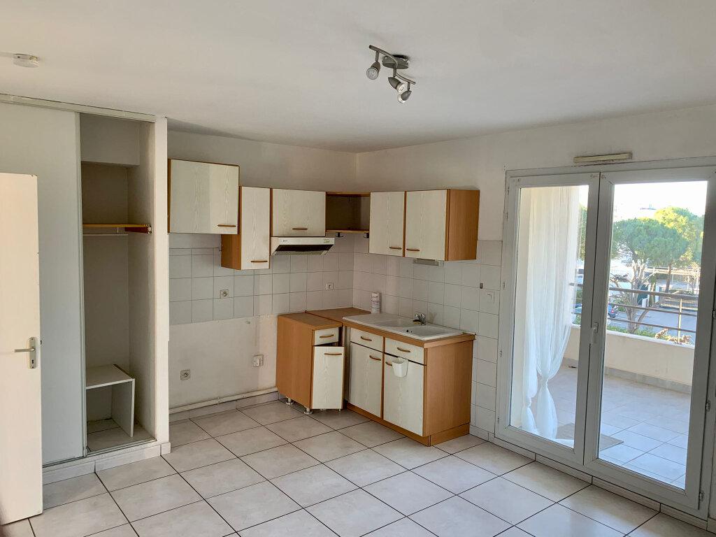 Appartement à louer 2 38m2 à Montpellier vignette-2