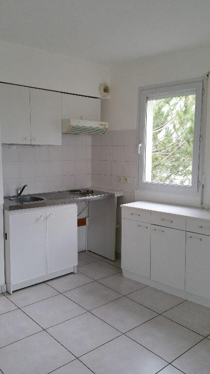 Appartement à louer 2 45m2 à Montpellier vignette-2