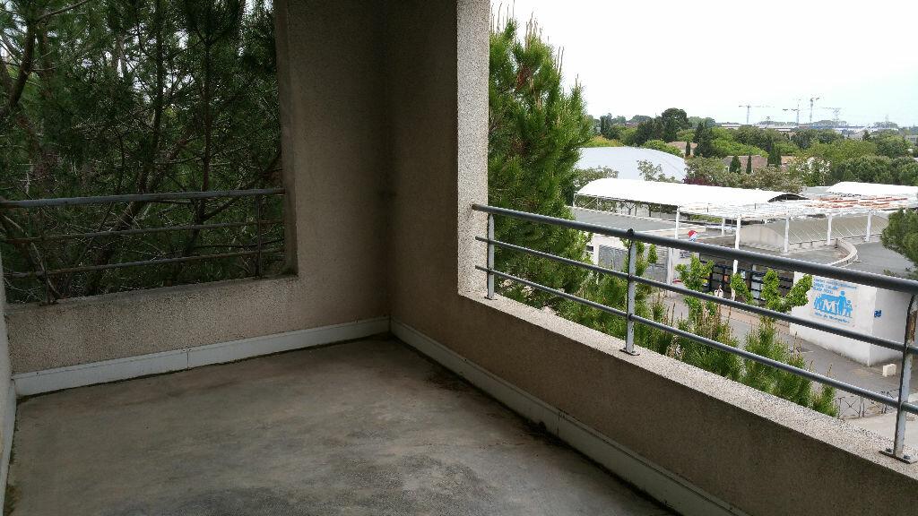 Appartement à louer 2 45m2 à Montpellier vignette-3