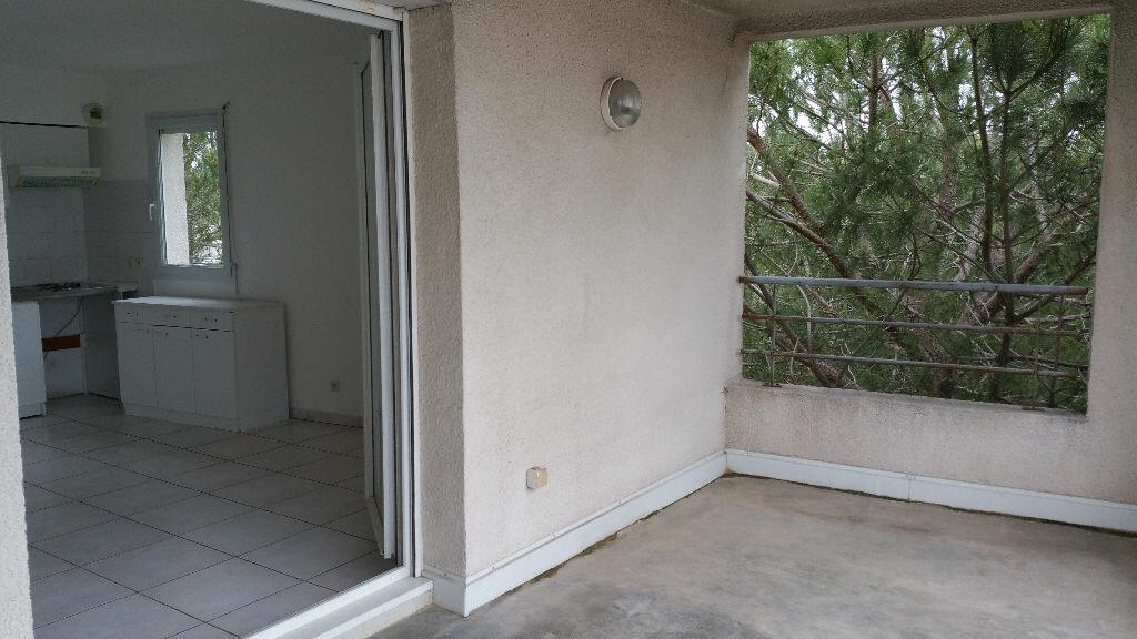 Appartement à louer 2 45m2 à Montpellier vignette-4