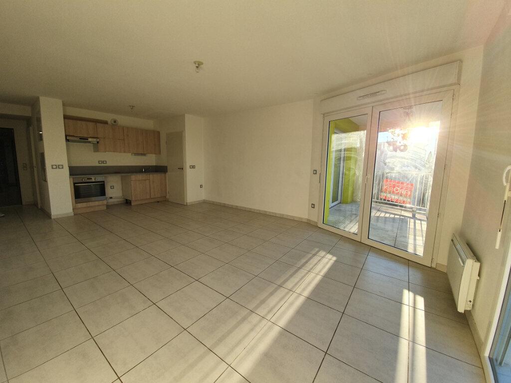 Appartement à louer 3 66m2 à Montpellier vignette-1