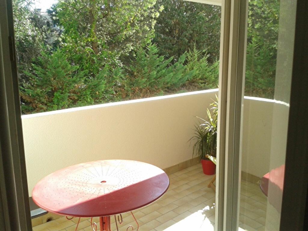 Appartement à louer 2 32m2 à Montpellier vignette-1