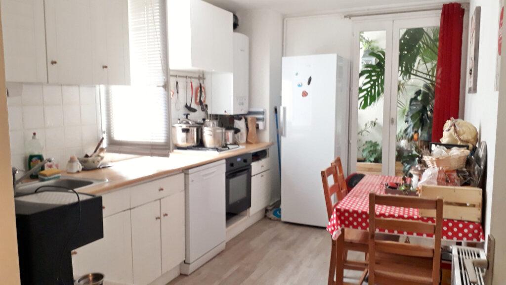 Appartement à vendre 3 72.13m2 à Montpellier vignette-2