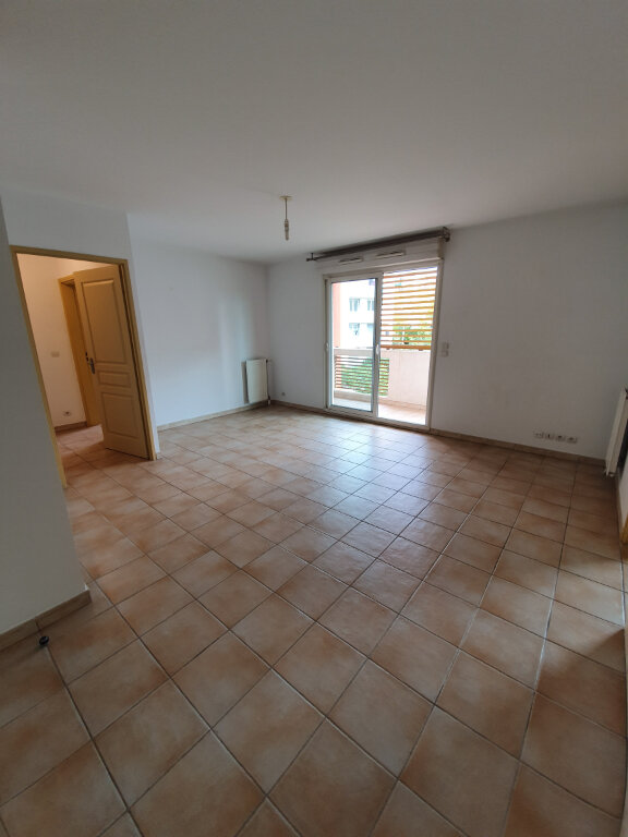 Appartement à louer 2 53m2 à Montpellier vignette-4