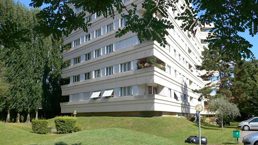 Appartement à louer 2 51.98m2 à Olivet vignette-3