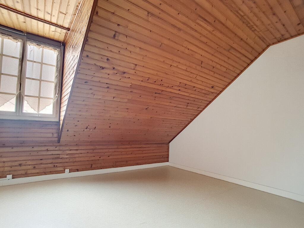 Appartement à louer 3 62.3m2 à Janville vignette-4