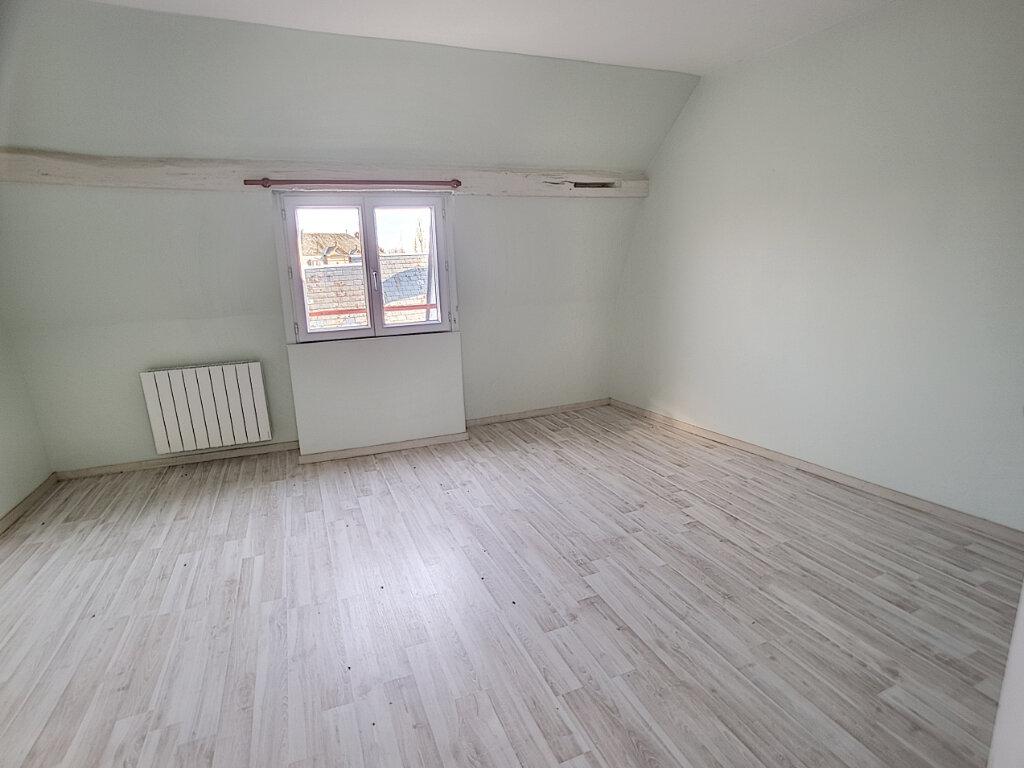 Appartement à louer 3 76.8m2 à Toury vignette-4