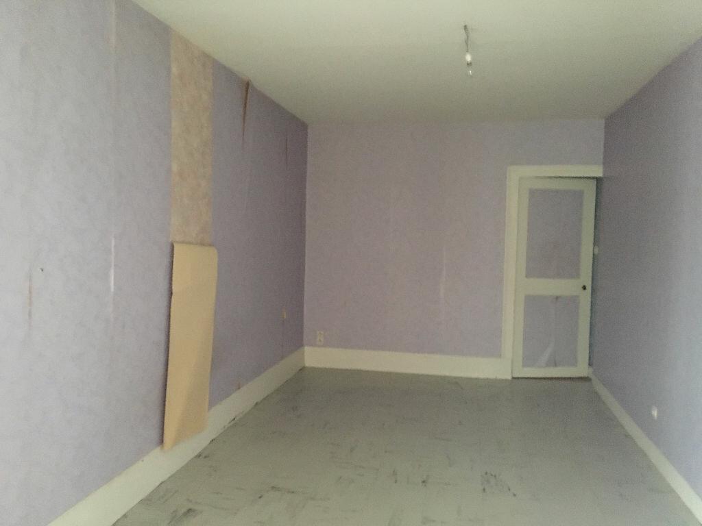 Appartement à louer 3 58.08m2 à Patay vignette-4