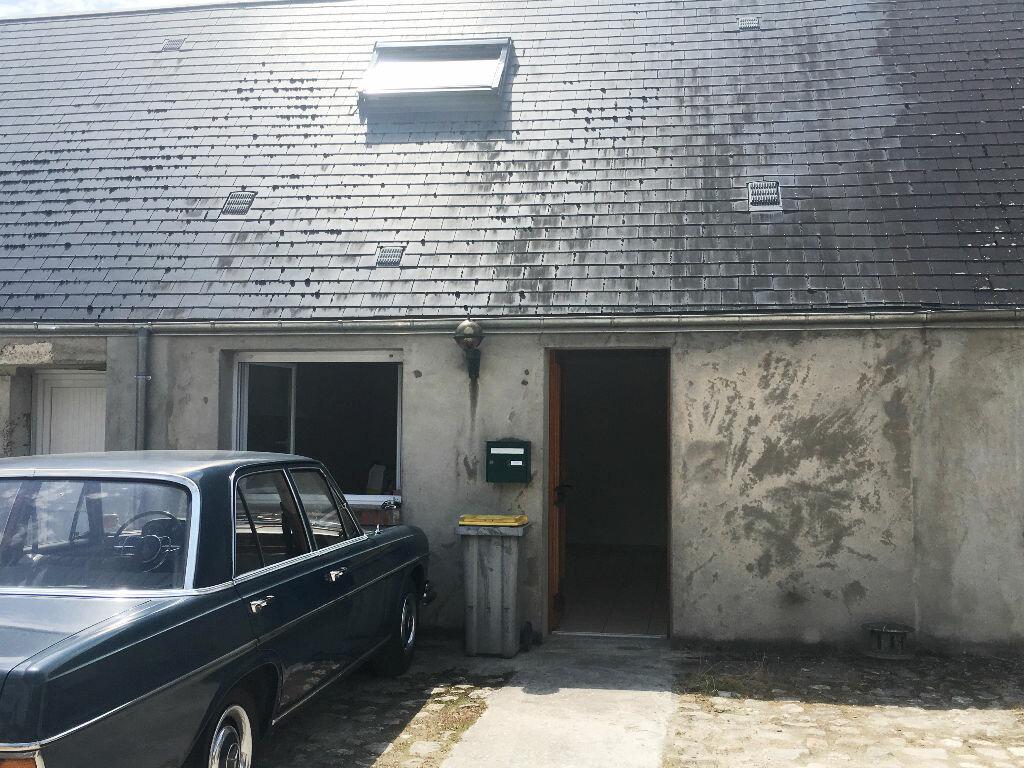 Appartement à louer 2 39.1m2 à Chevilly vignette-1
