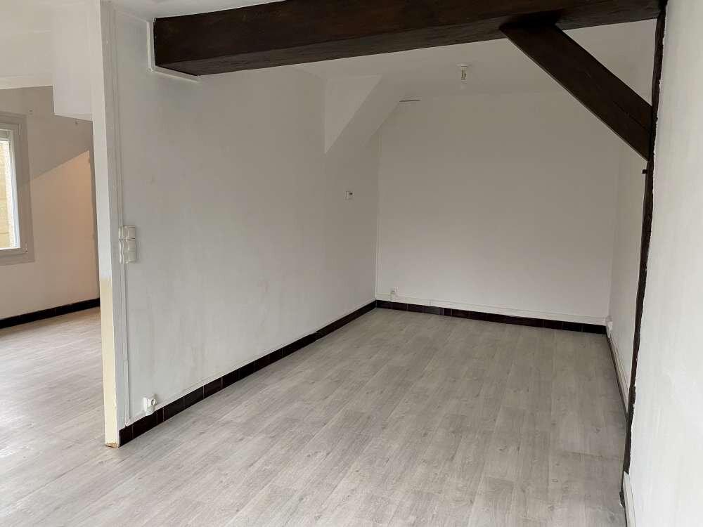 Maison à louer 4 99.44m2 à Janville vignette-1