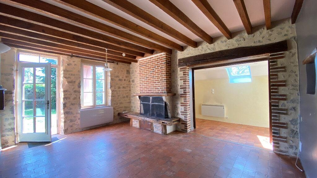 Maison à louer 5 131m2 à Vitry-aux-Loges vignette-2