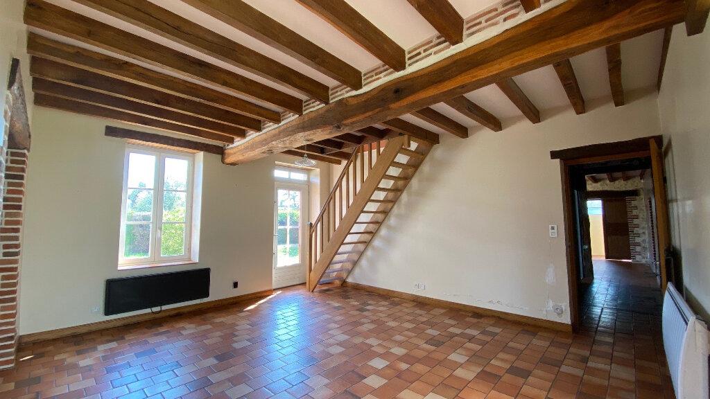 Maison à louer 5 131m2 à Vitry-aux-Loges vignette-3