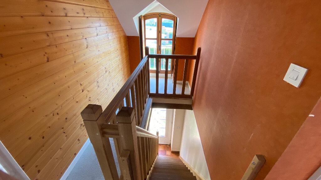 Maison à louer 5 131m2 à Vitry-aux-Loges vignette-6