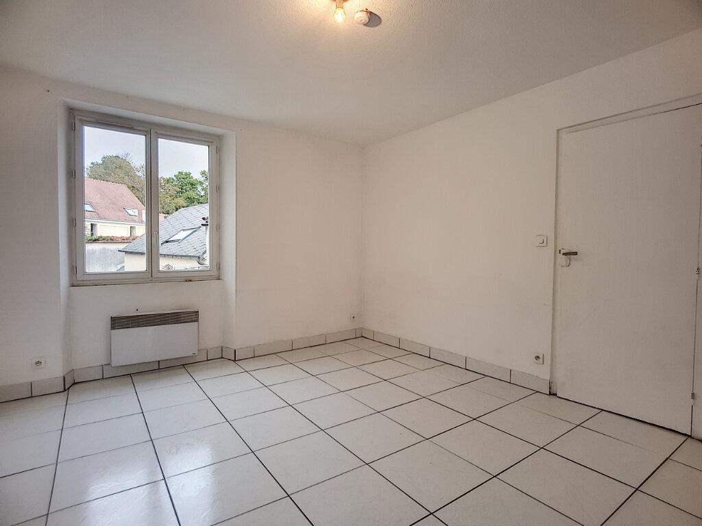 Appartement à louer 2 38.65m2 à Malesherbes vignette-2