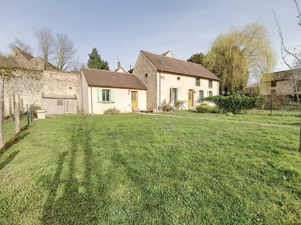 Maison à louer 4 73.07m2 à Ferrières-en-Gâtinais vignette-2