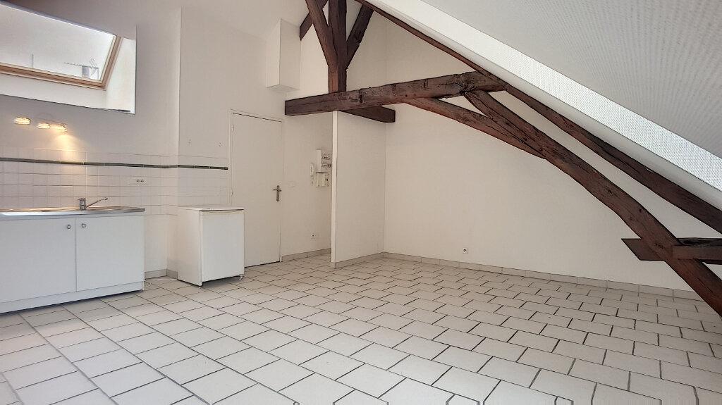 Appartement à louer 2 34.77m2 à Pithiviers vignette-2
