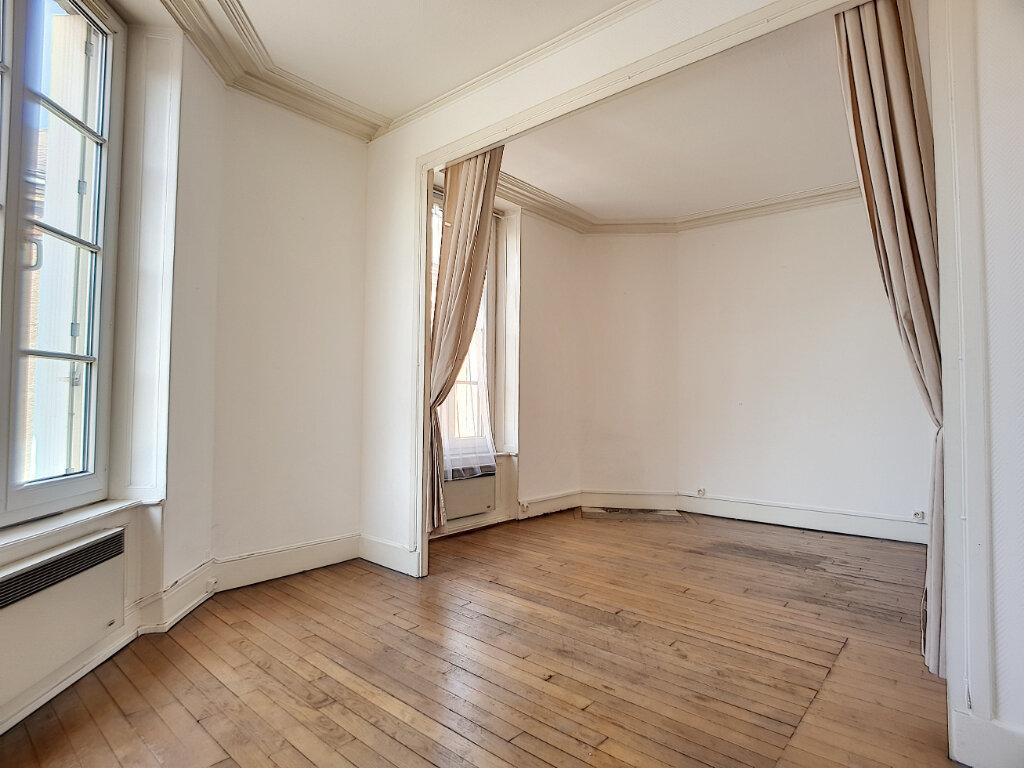 Appartement à louer 2 54.53m2 à Pithiviers vignette-3