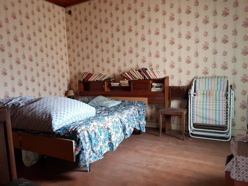 Maison à vendre 6 120.48m2 à La Neuville-sur-Essonne vignette-5
