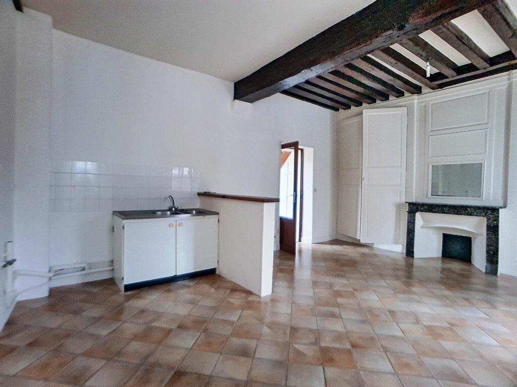 Appartement à louer 3 53m2 à Montargis vignette-4