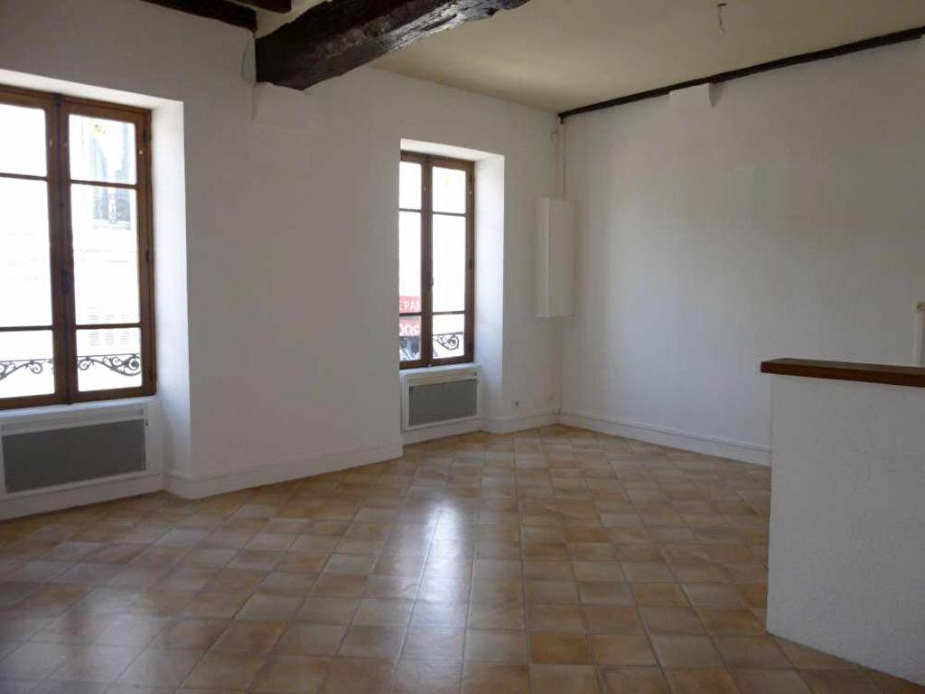 Appartement à louer 3 53m2 à Montargis vignette-5