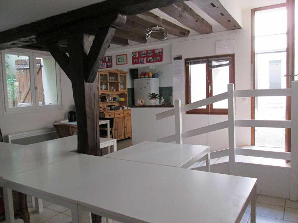 Appartement à louer 2 44m2 à Montargis vignette-1