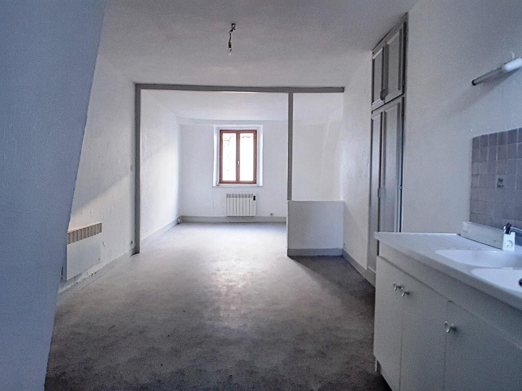 Appartement à louer 2 51.54m2 à Montargis vignette-1