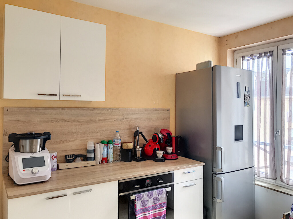 Appartement à louer 3 88m2 à Montargis vignette-3