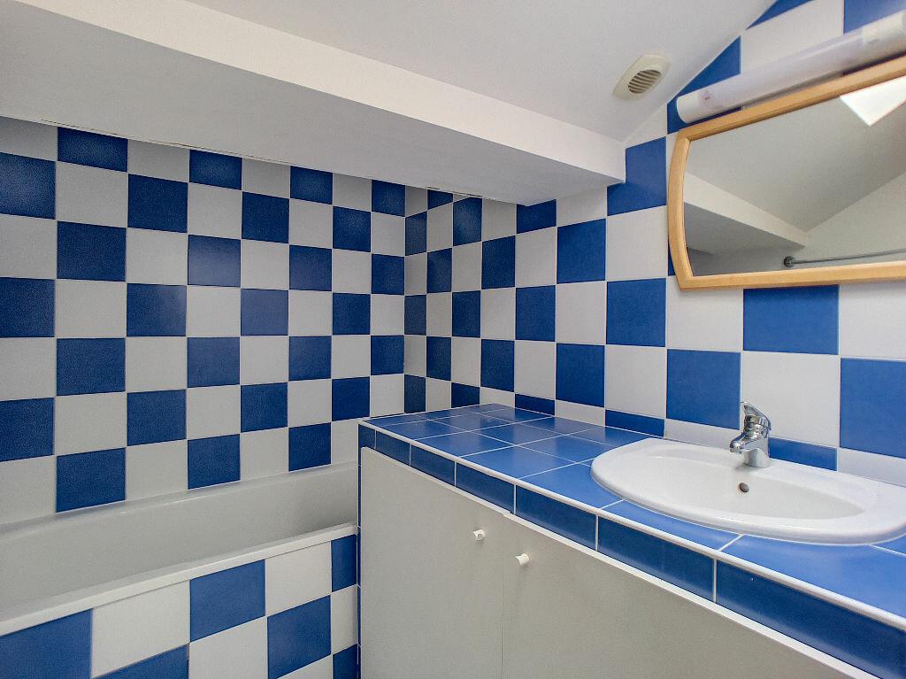 Appartement à louer 3 55m2 à Montargis vignette-4