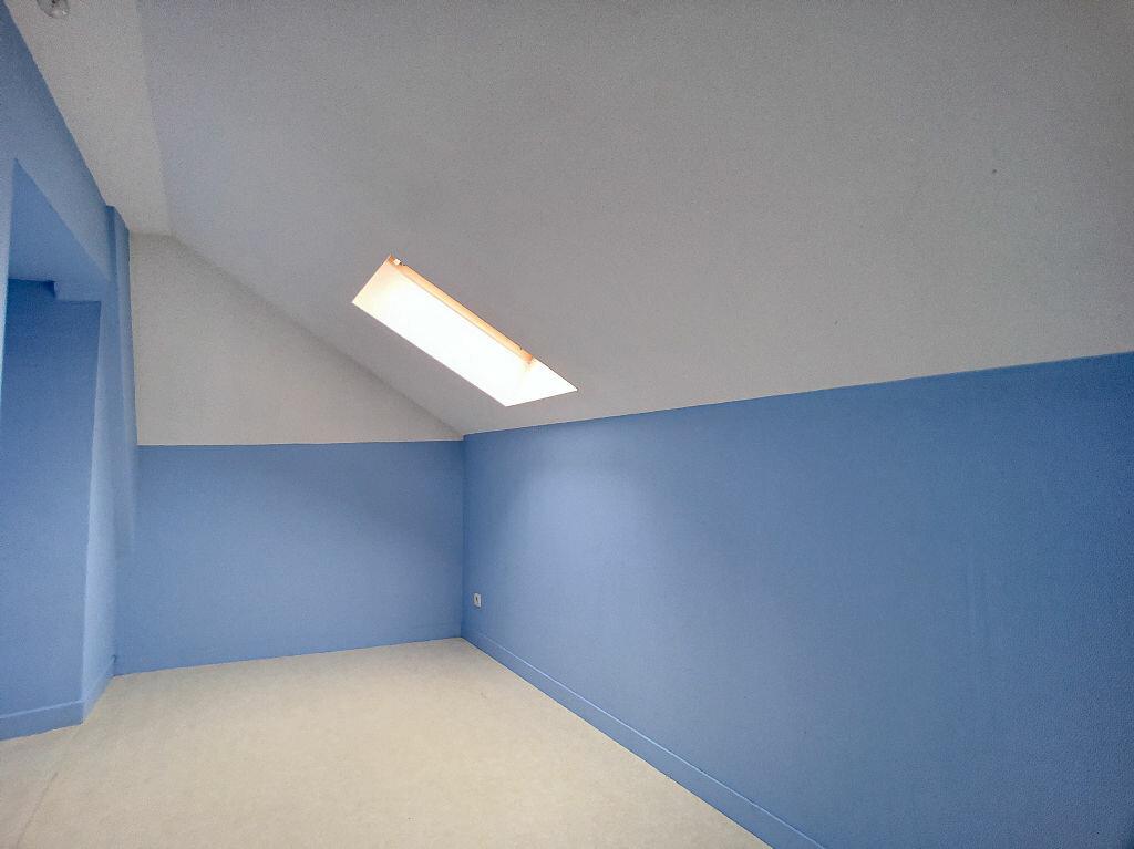 Appartement à louer 3 55m2 à Montargis vignette-6