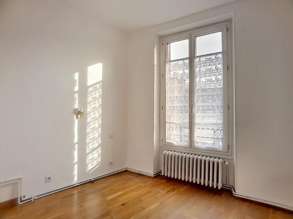 Appartement à vendre 3 70.34m2 à Pithiviers vignette-5