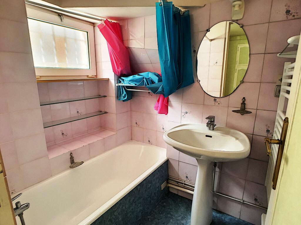 Appartement à louer 2 33m2 à Montargis vignette-5