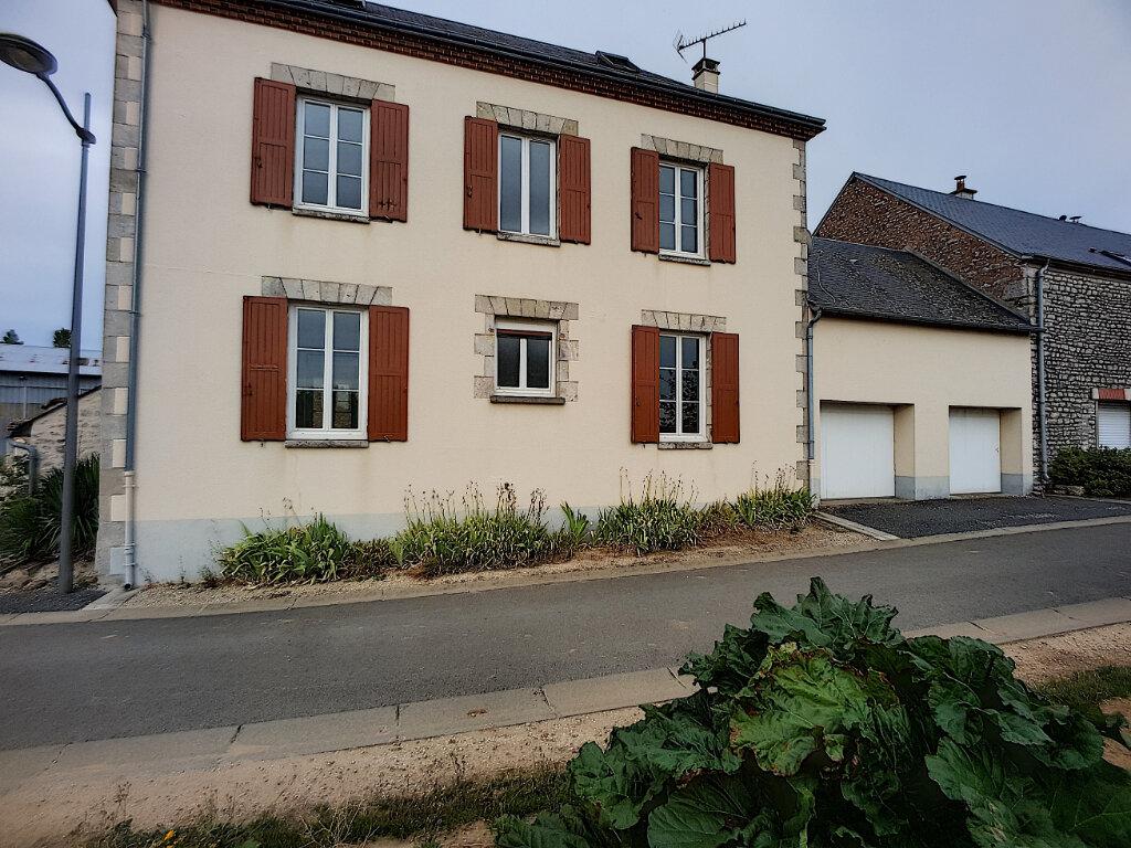 Maison à louer 3 103.44m2 à Yèvre-la-Ville vignette-1