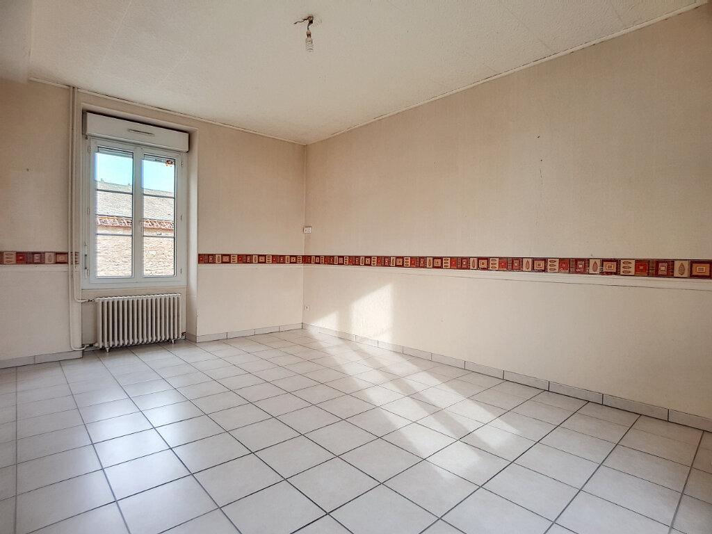 Maison à louer 3 103.44m2 à Yèvre-la-Ville vignette-5