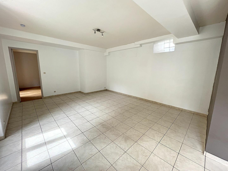 Appartement à louer 2 44.32m2 à Toury vignette-3