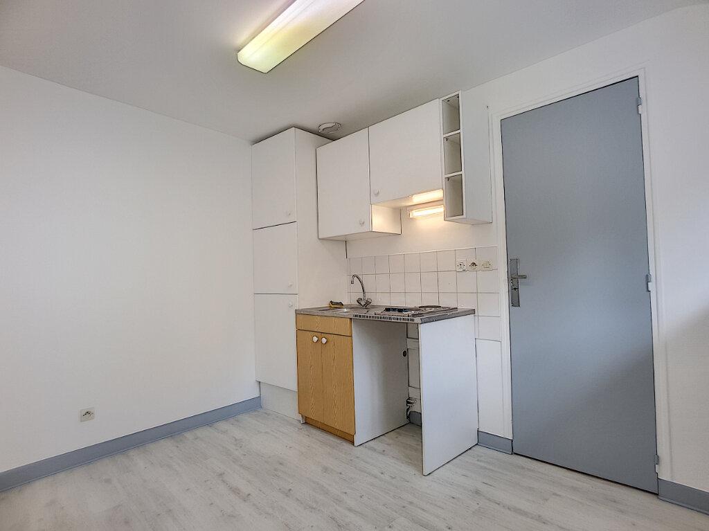 Appartement à louer 2 35.96m2 à Malesherbes vignette-5