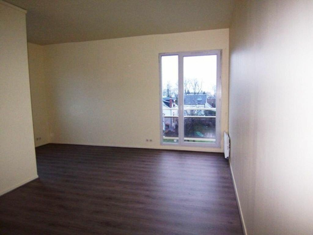Appartement à louer 3 57m2 à Montargis vignette-2