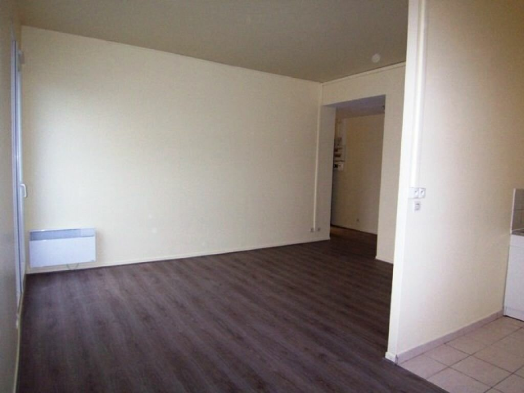 Appartement à louer 3 57m2 à Montargis vignette-4